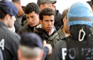 63 شاباً تونسياً يدخلون يومهم الخامس على التوالي في إضراب جوع بجزيرة لمبيدوزا