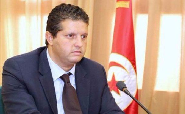 وزير التجارة ينهي مهام مستشار