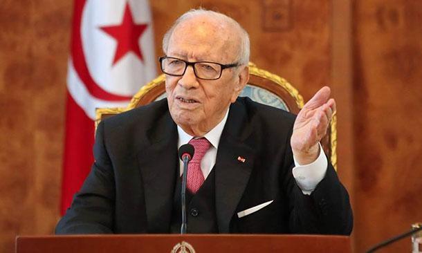 في عيد الجلاء، السبسي يرفض التحدث عن تونس في بنزرت!!!
