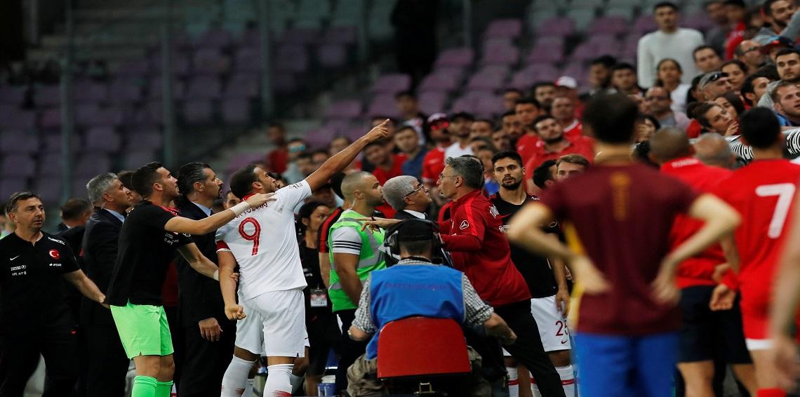 في مباراة تحضيرية تونس – تركيا (2-2) تعادل مثير يحتاج لسرعة التدبير