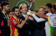 الشاهديشرف على تسليمكأس رابطة الأبطال الإفريقية لفريق الترجي الرياضي التونسي