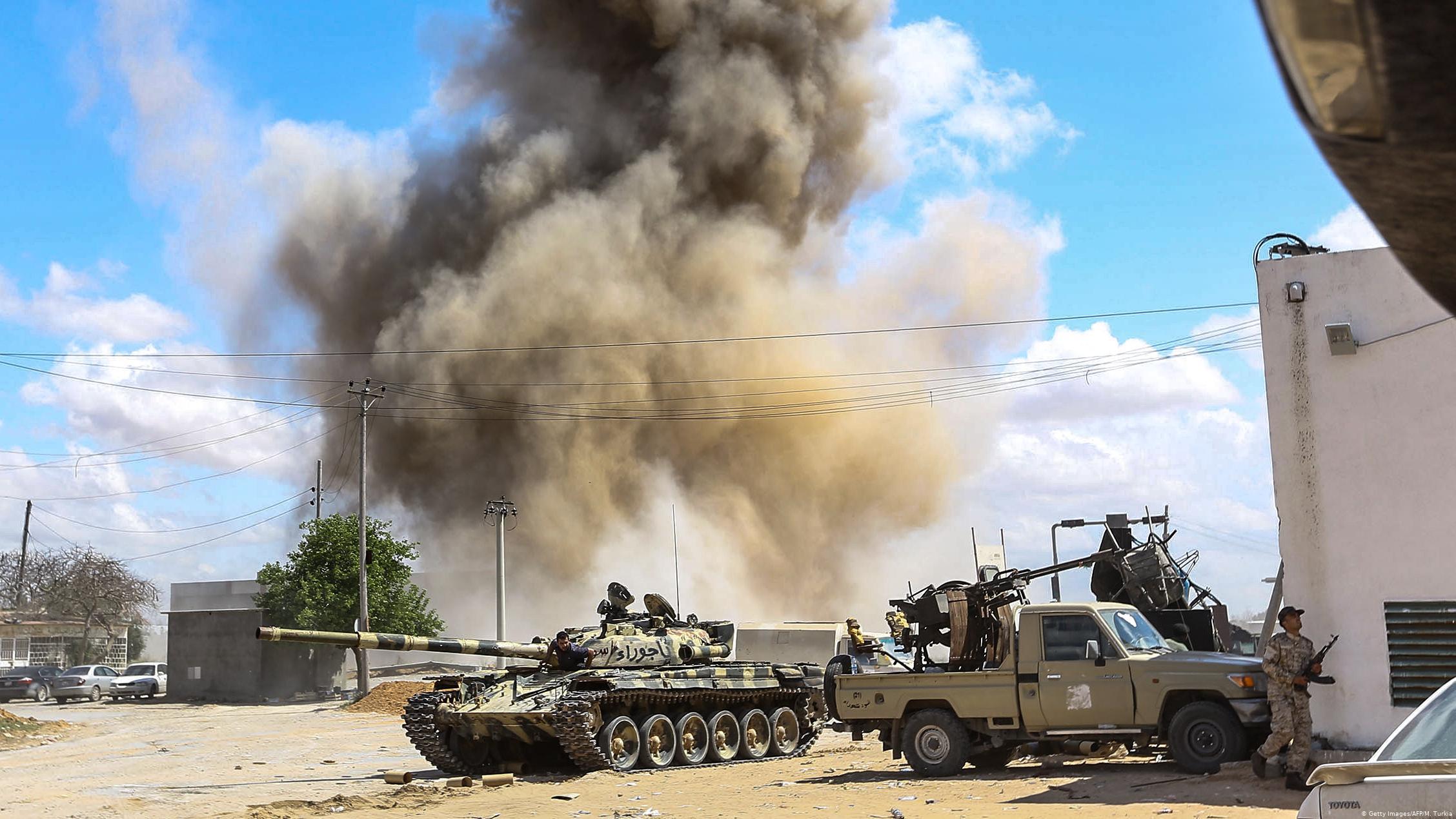 منظمة الصحة العالمية بليبيا :  الصحة العالمية – مئات القتلى والجرحى منذ بدء الاشتبکات فی طرابلس