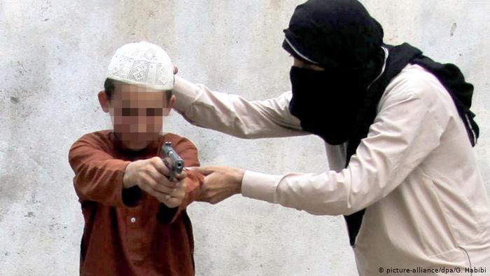 جمعية إنقاذ التونسيين العالقين بالخارج تكشف عن عدد الأطفال التونسيين العالقين في سوريا وليبيا