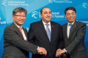 وزير النقل هشام بن أحمد ينجح في انتخاب تونس عضوا قارا في المنتدى الدولي للنقل