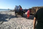 ضربة موجعة للمخالفين..إزالة 50 كوخاً وحجز مئات الكراسي والمضلات الشمسية بعدد من الشواطئ