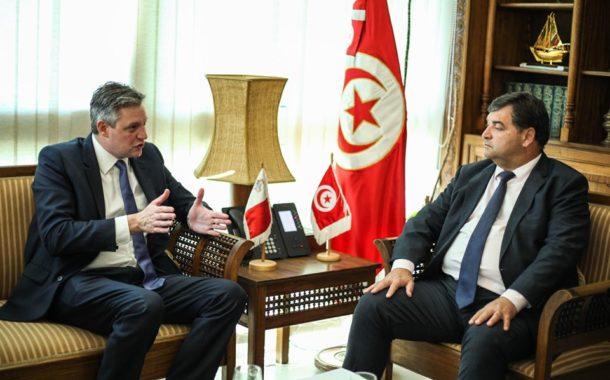 وزير السياحة والصناعات التقليدية يلتقي نظيره المالطي