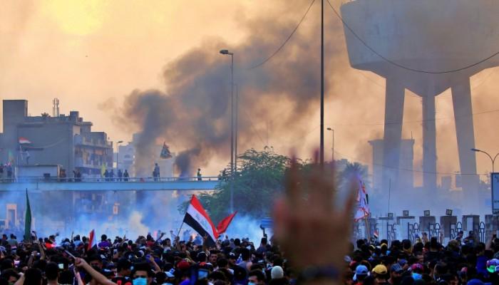 العراق: مقتل 37 وإصابة أكثر من 1300 متظاهر ودعوات لإستقالة رئيس الوزراء العراقي
