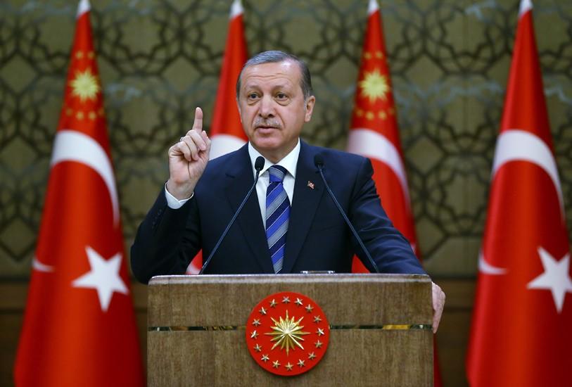 """صورة أردوغان يتهم ماكرون بالتهجم على الإسلام """"بغية تصفية حسابات"""""""