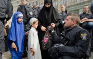 بعکس الحزب اليميني هذا رأي الشعب الألماني من الهجرة و المهاجرين