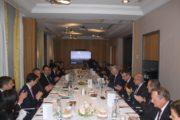 وزير التنمية يلتقي برجال الأعمال وبمسؤولي عدد من الشركات الكبرى الفرنسية