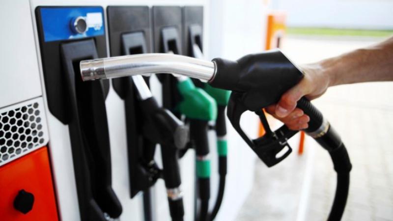 صورة الترفيع في أسعار البنزين والغازوال