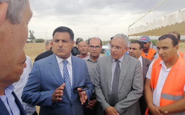 وزير التجهيز و الإسكان يعلن عن برمجة 83 كلم مسالك فلاحية بسيدي بوزيد