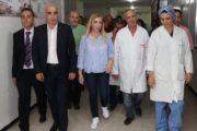 وزيرة الصحة بالنيابة في زيارة غير معلنة للمستشفى الجامعي الحبيب بورقيبة بصفاقس