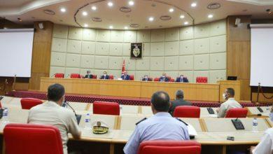 Photo of رئيس الحكومة يحذر من حالة التراخي والتسيب في مواجهة أفة الكورونا