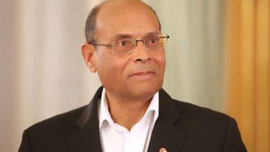 صورة المنصف المرزوقي لا يقبل العيش بتونس إلا وهو رئيس يتمتع بجراية شهرية وإمتيازات على حساب دافعي الضرائب ثم ينعت النظام بالدكتاتوري