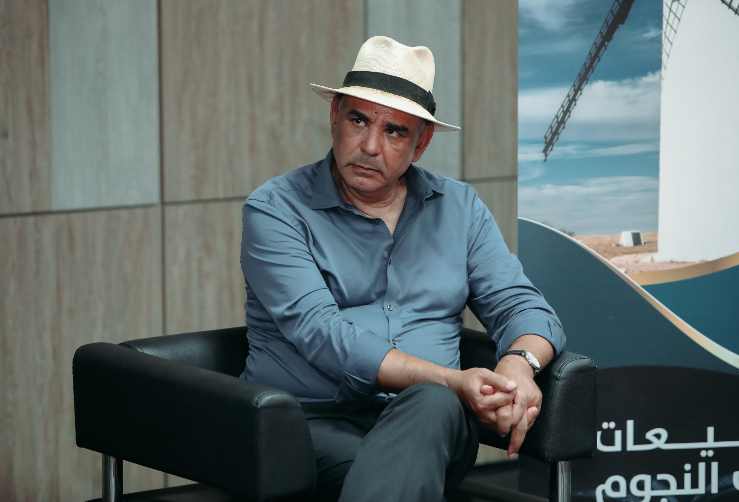 Photo of الإعلامي والكاتب ماهر عبد الرحمان يتحدث عن صراع دموي ويميط اللثام عن التهريب والمخدرات والقتل