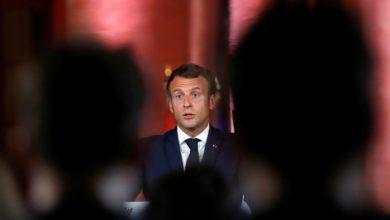 """صورة ماكرون يبحث مع ممثلي """"المجلس الفرنسي للديانة الإسلامية"""" سبل وقف التأثيرات الخارجية"""