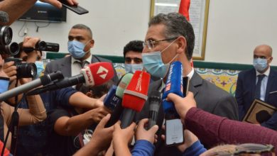 صورة وزير الداخلية يلوح بإتخاذ قرارات ضد مسؤول بديوانه إرتكب أخطاء