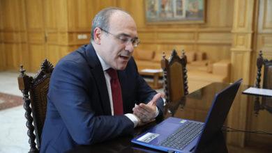 صورة وزير السياحة يحرص على الإعداد الجيد لاستعادة النشاط السياحي