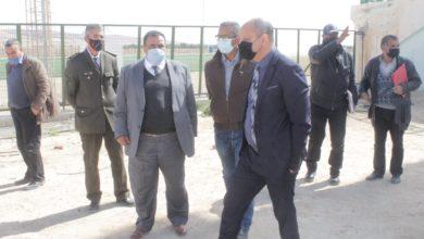 صورة والي قبلي يؤدي زيارة ميدانية لبعض المنشئات الرياضية و الشبابية