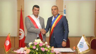 صورة إمضاء اتفاقية توأمة بين بلدية الزهراء وبلدية رومانيا