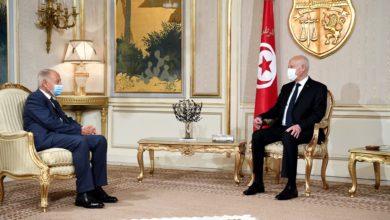 صورة الأمين العام لجامعة الدول العربية يتمنى للقيادة التونسية النجاح في معركة بناء دولة وطنية قوية